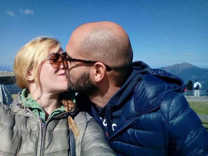 Ruba anche tu un bacio alla tua dolce metà e postalo in Community! - 1