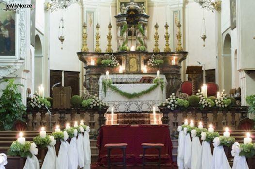 Decorazioni matrimonio con candele organizzazione for Addobbi tavoli matrimonio con candele