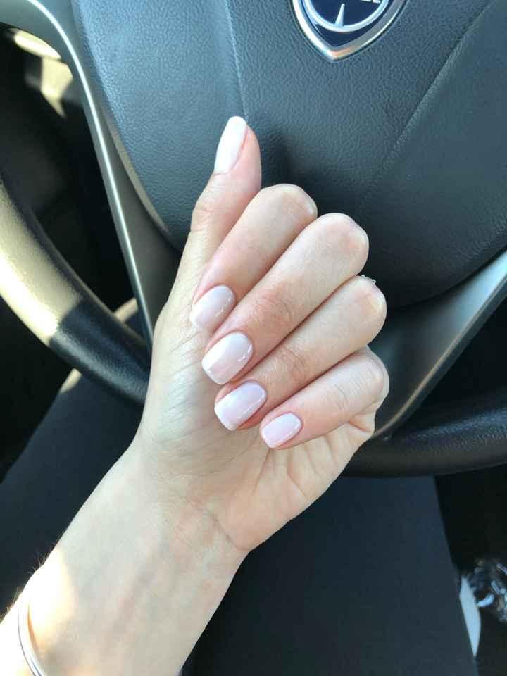 Prima prova unghie!!! - 2