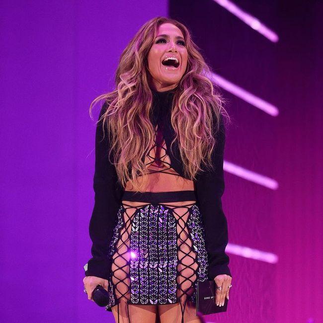 I look più memorabili degli MTV VMAs 2021: vota il tuo preferito! 2