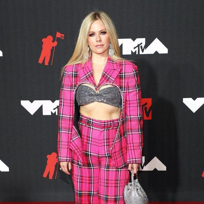 I look più memorabili degli MTV VMAs 2021: vota il tuo preferito! 3