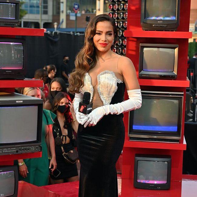 I look più memorabili degli MTV VMAs 2021: vota il tuo preferito! 7