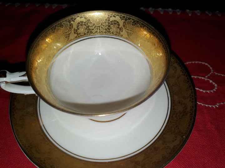 Bere il caffè nell'oro zecchino. - 1