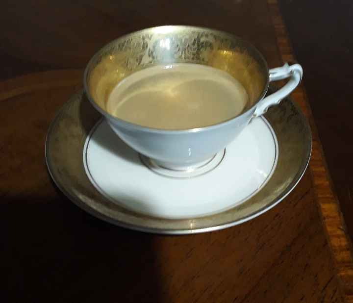 Bere il caffè nell'oro zecchino. - 2