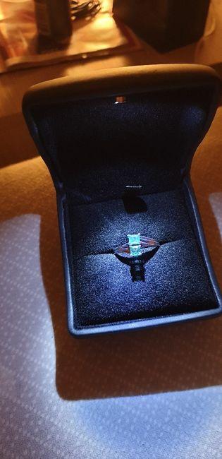 E ora mostraci una foto del tuo anello di fidanzamento! 13