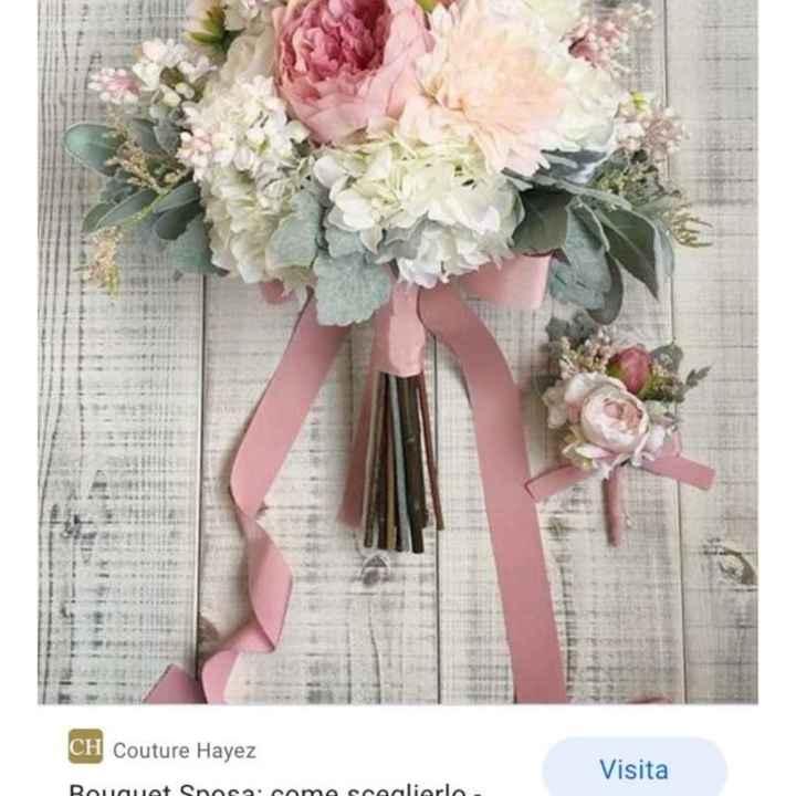 Bouquet di fiori o stoffa? - 1
