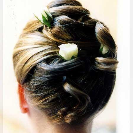 Acconciatura sposa dai capelli lunghi
