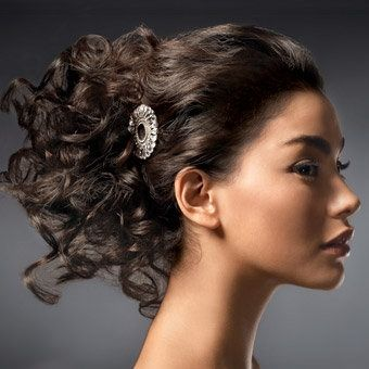 acconciature capelli ricci per matrimonio - Acconciature sposa capelli ricci YouTube