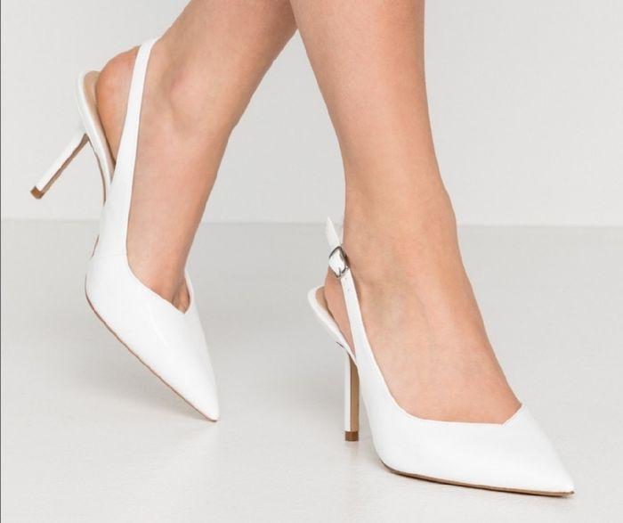 Che tipo di scarpe indosserete alle nozze? 1