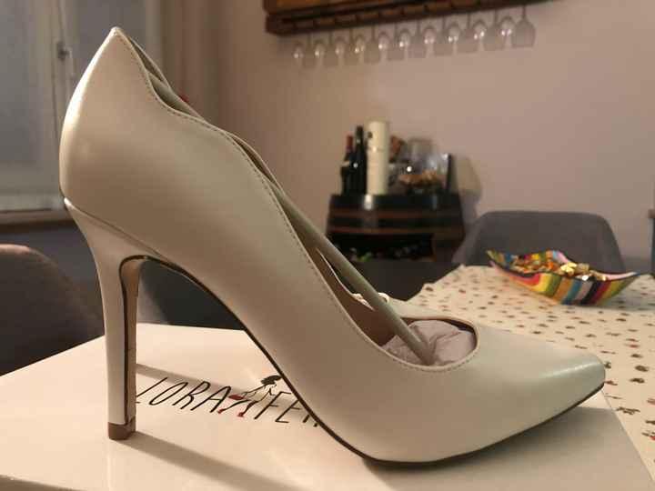 scarpe non troppo costose cercasi - 1