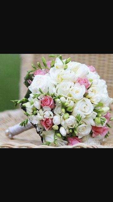 Bouquet Sposa Tondo.Bouquet Rotondo O A Cascata Organizzazione Matrimonio Forum