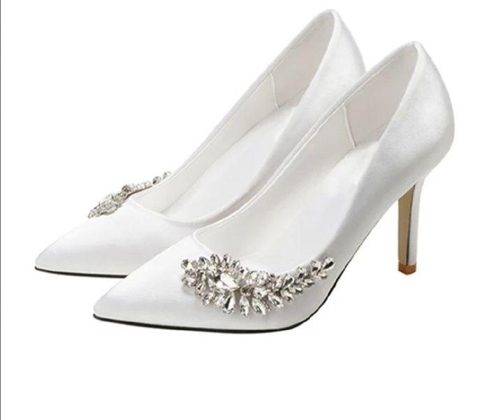 Che scarpe avete scelto per il vostro matrimonio? 11
