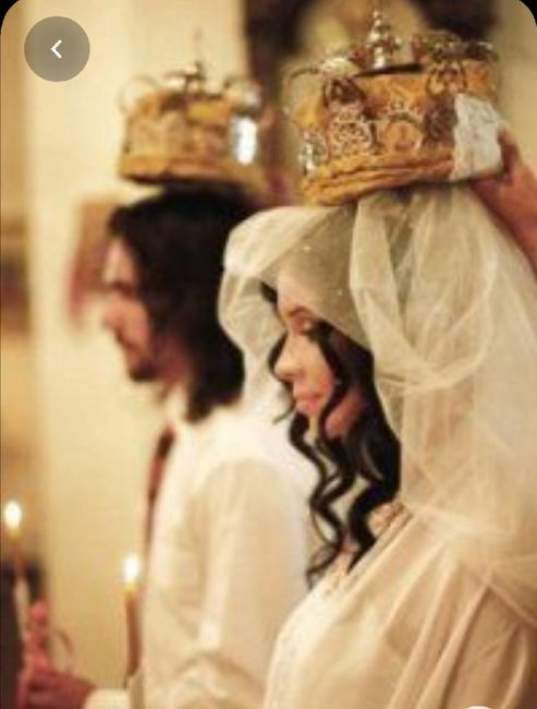 Nuovo must 2020: L'abito da sposa con la mantella 🤍 6