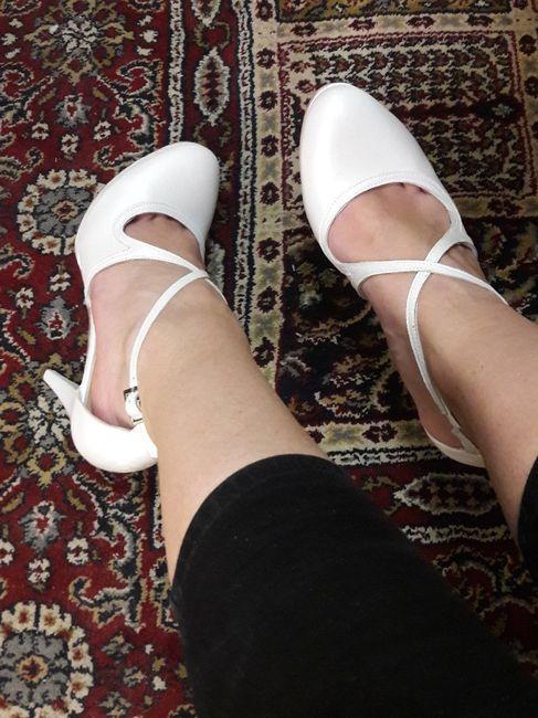 Come saranno le vostre scarpe da sposa? 9