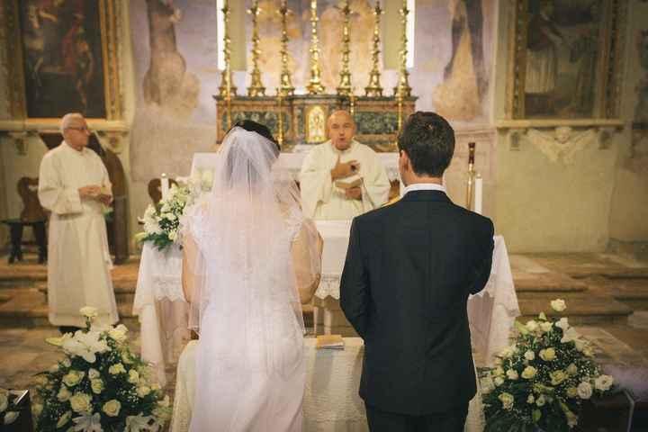 Sposi e altare2