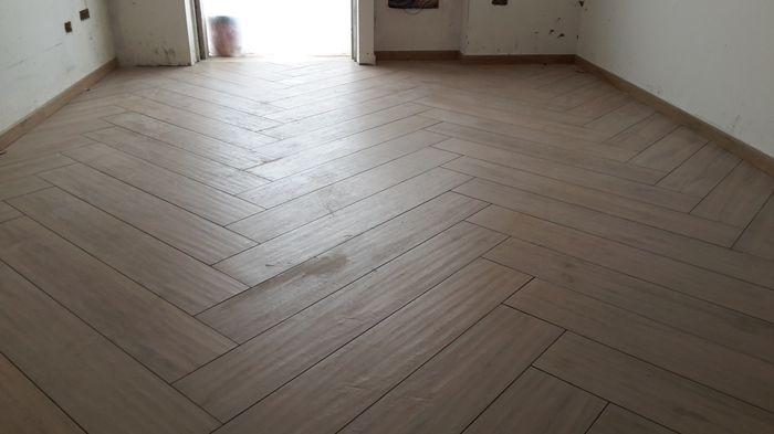 Il mio pavimento vivere insieme forum for Schemi di posa gres porcellanato effetto legno