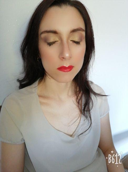 Make up con rossetto rosso? 2