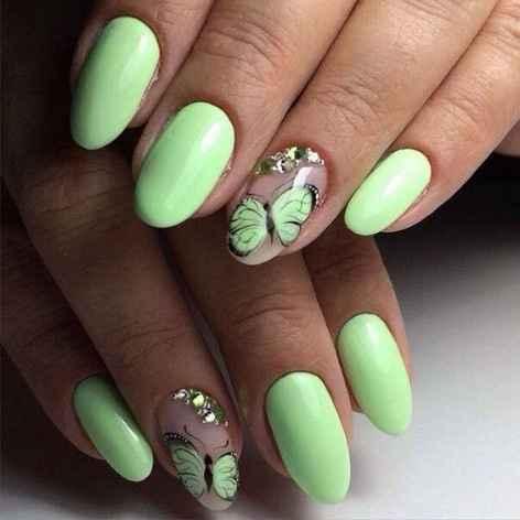 nail art colorata