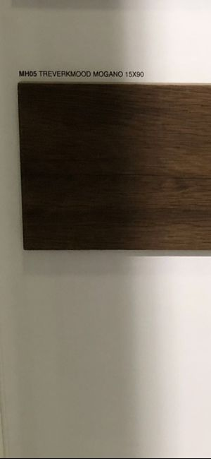 Pavimenti neri, chiari o legno? 7