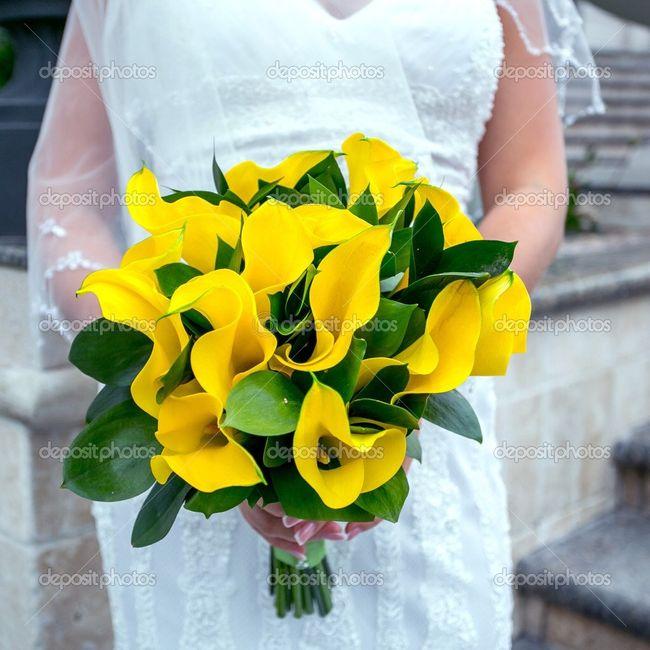 Fiori Gialli Matrimonio.Bouquet Con Fiori Gialli Organizzazione Matrimonio Forum