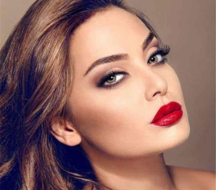 Make up con rossetto rosso? - 1