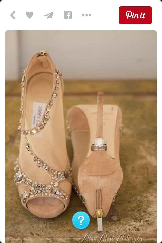 La sposa con le scarpe da ginnastica - colorate - 1