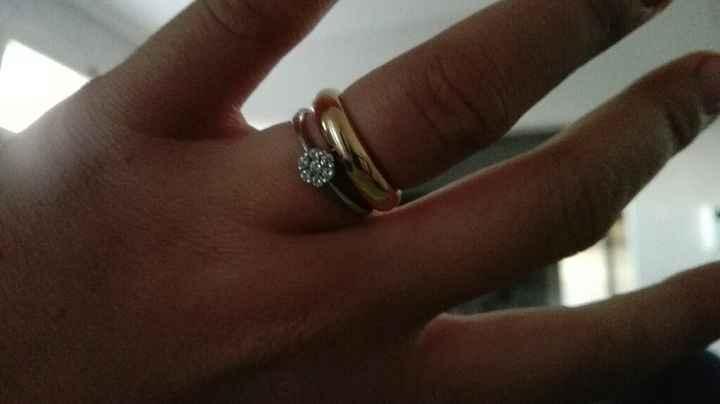 Anello di fidanzamento vicino alla fede? - 1