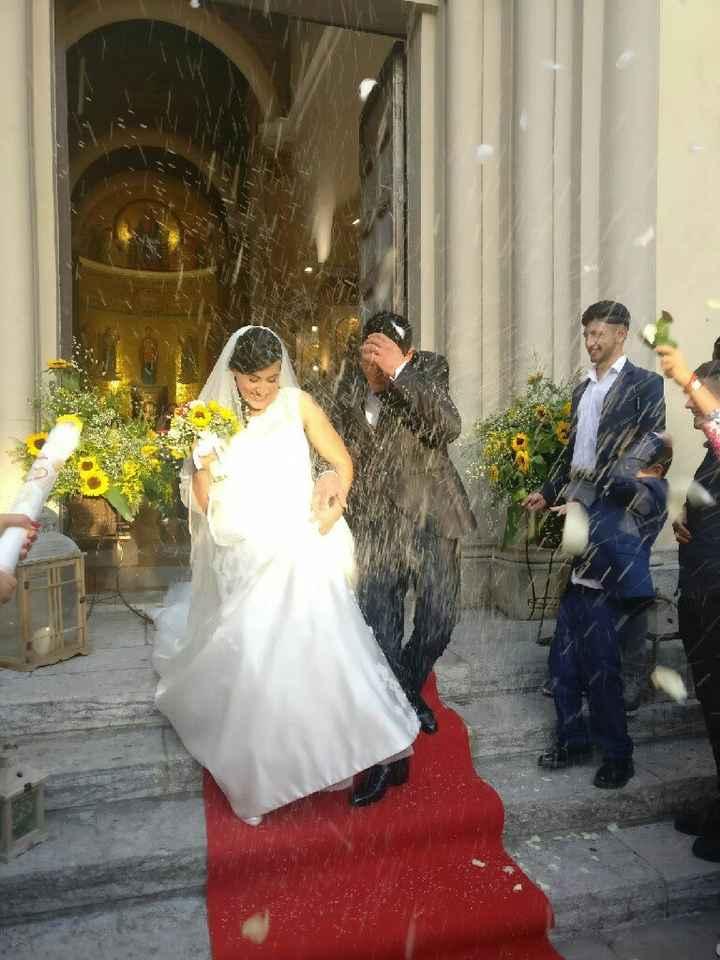 Spose! Voglio le vostre foto mentre andate all'altare!😃 - 1