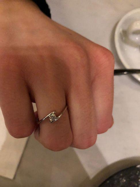E ora mostraci una foto del tuo anello di fidanzamento! 22