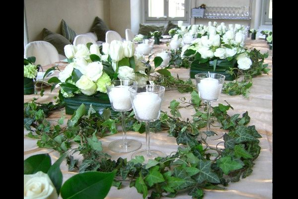 Matrimonio bianco e avorio organizzazione matrimonio for Addobbi per promessa di matrimonio