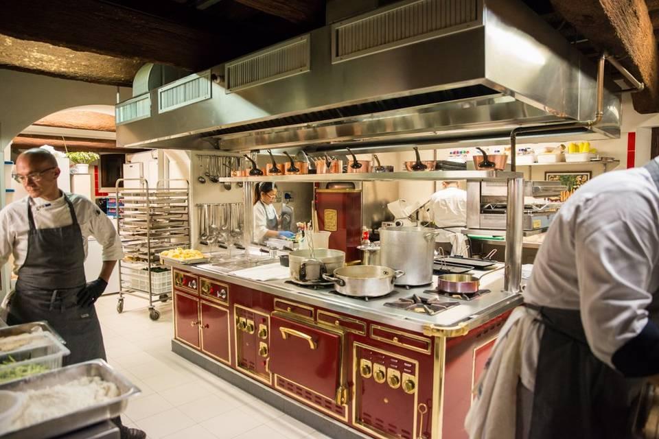 La cucina di villa rota