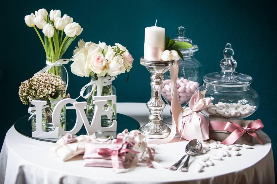Confettata romantica rosa