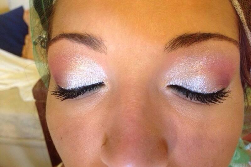 Sara Make Up