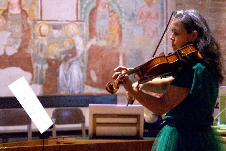 Trio in duo: violino solo