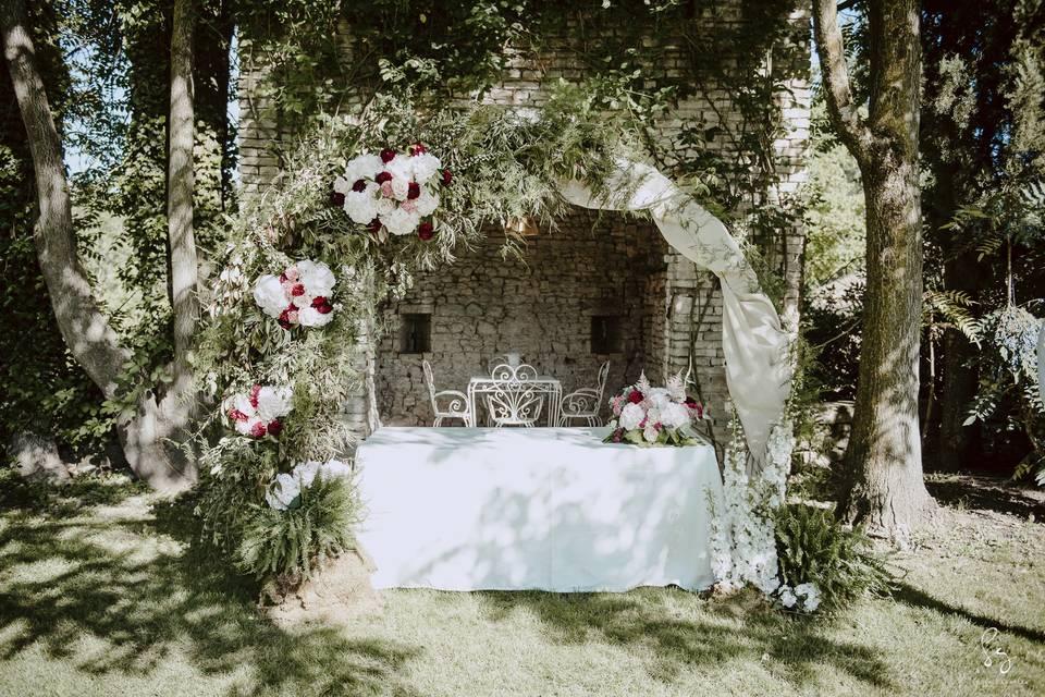 Treehouse wedding & flowers
