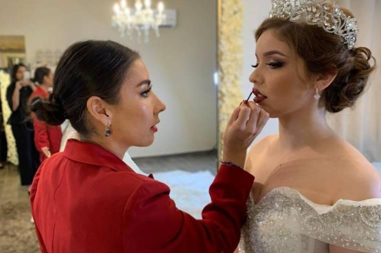 Araceli Acosta Make-up Artist