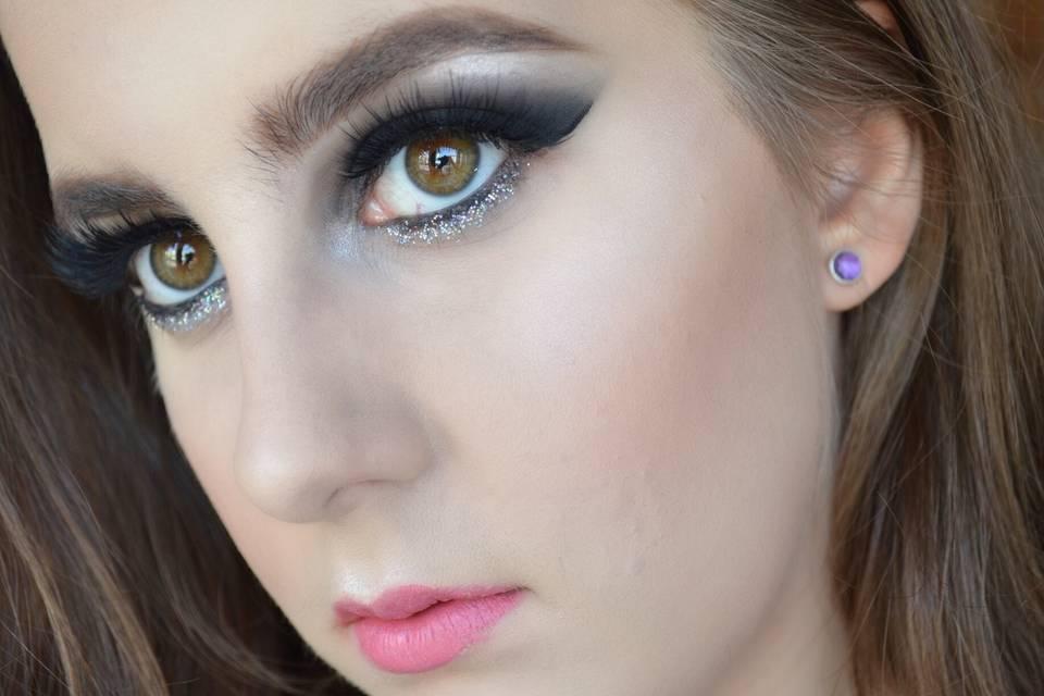 Luna Rovere Makeup Artist