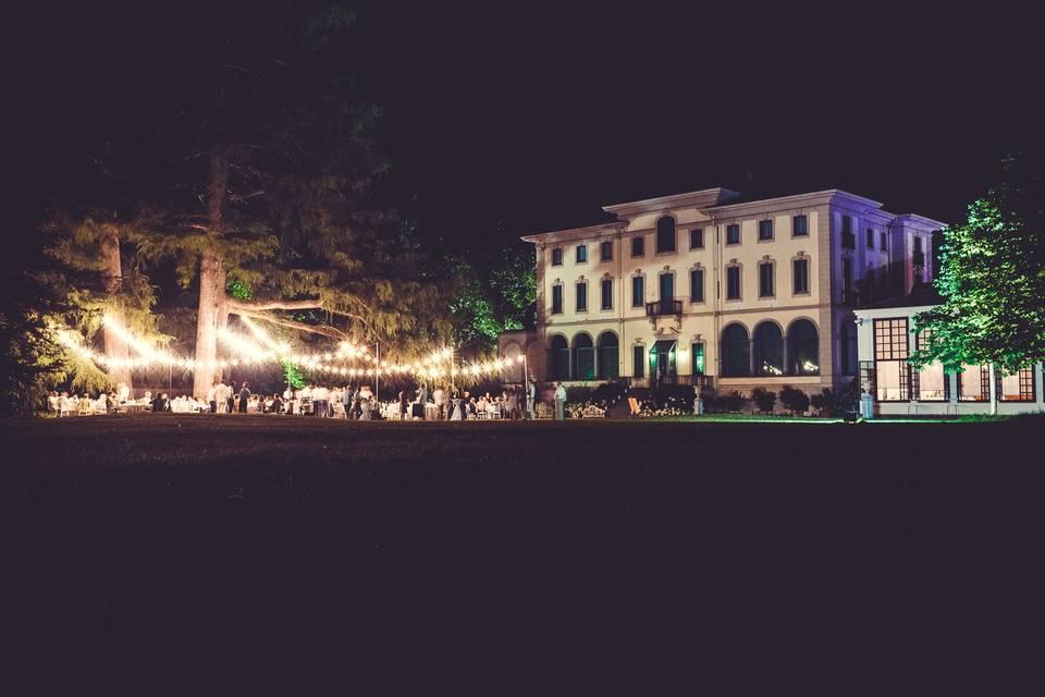 B\STRÒ della Villa