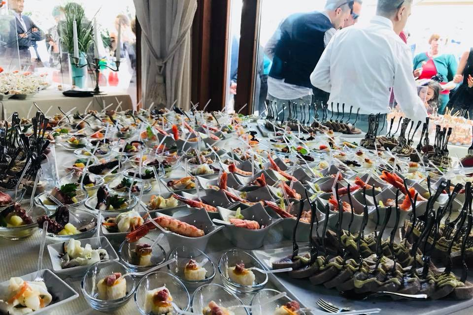 Mannu Catering