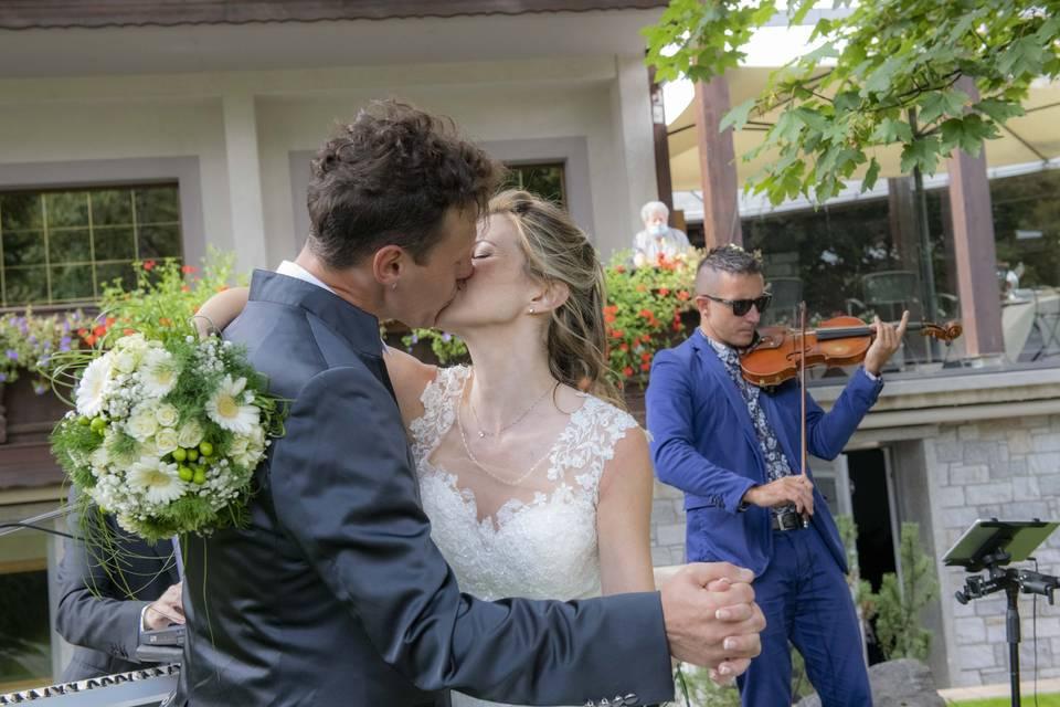 Sposi e violinista