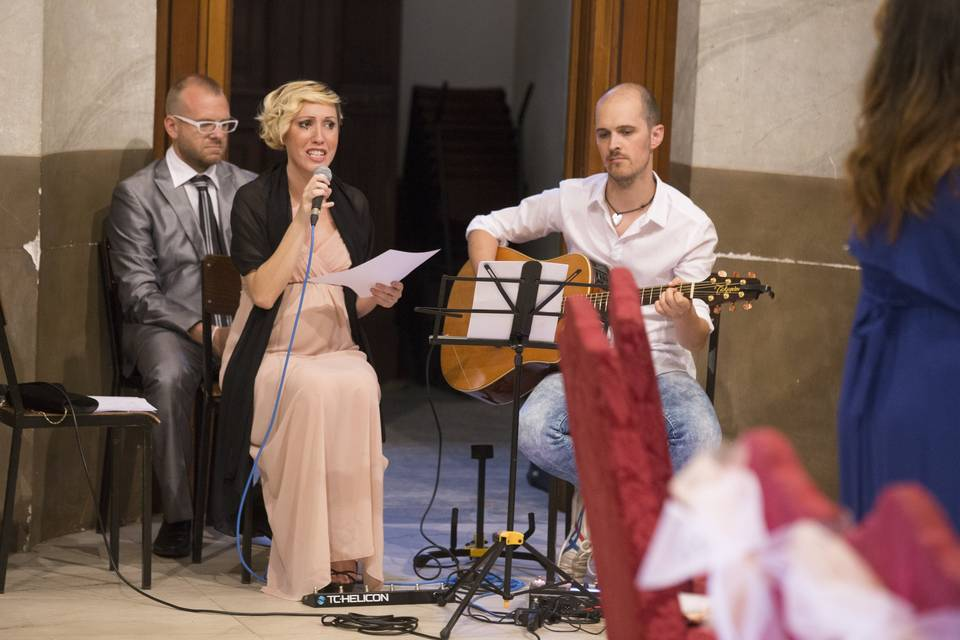 Luciana Cantante per Cerimonia in Chiesa