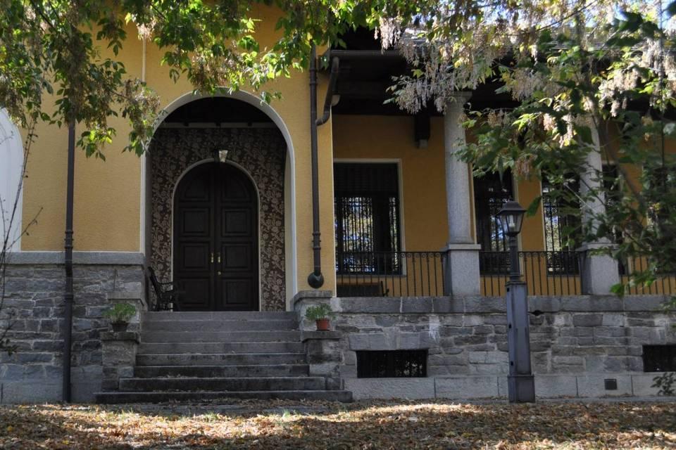 Villa Garnero Location