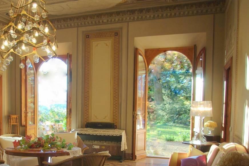 Il salone della villa