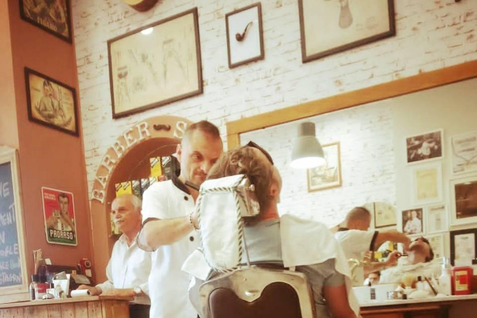 Barberia Elite - Tony Figaro