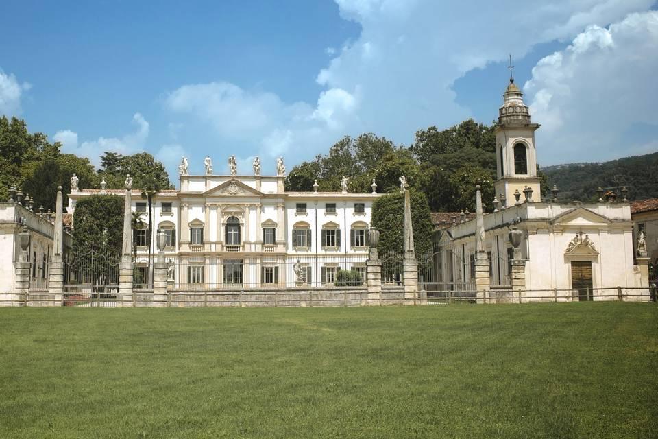Villa Mosconi Bertani 1735