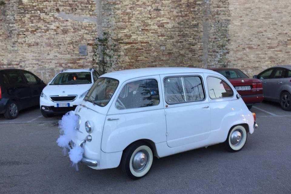 La Fiat 600 D Multipla di Laura Grandinetti