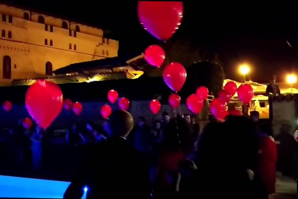 Lancio palloncini led4- Giacom