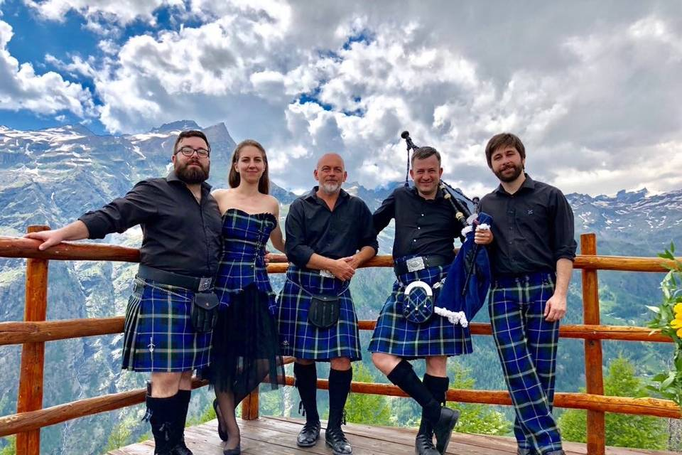 Scottish piper in Italy