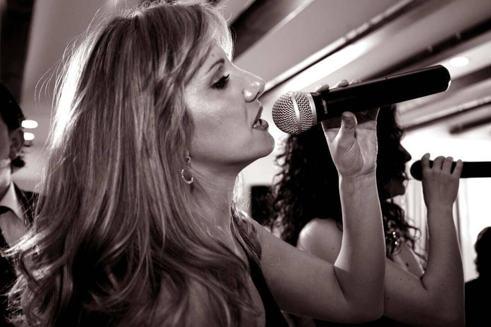 Daniela Sornatale Cantante