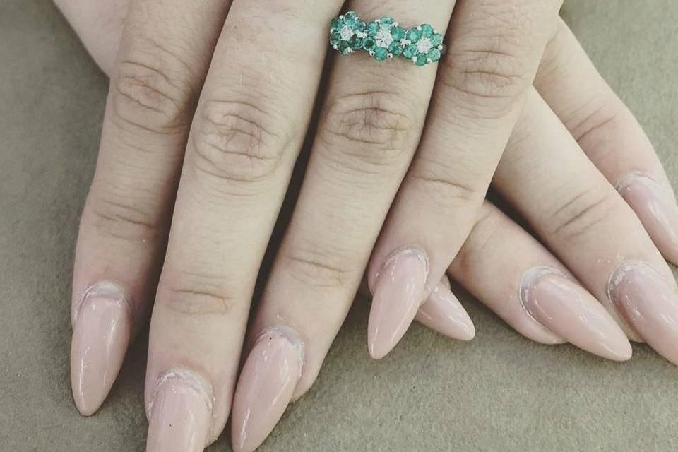 Anello in oro bianco diamanti